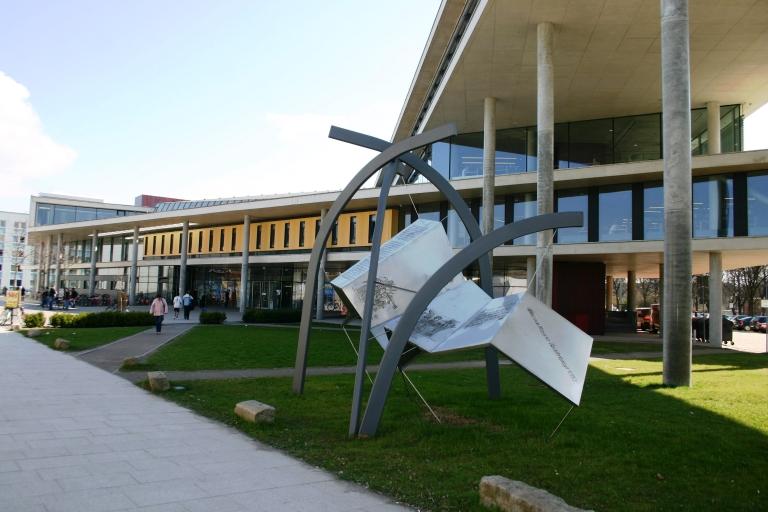 Universitätsbibliothek Magdeburg 1